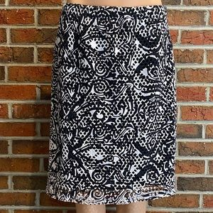 CHICO'S Black & White Cut Out Skirt Size 2